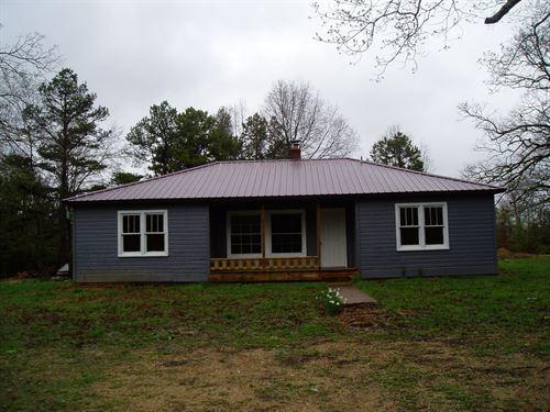 4 Bedroom Farm House on 27 Acres : Lowndes : Wayne County : Missouri