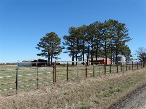 318 Acre Cattle Ranch And Home : Wilburn : Cleburne County : Arkansas