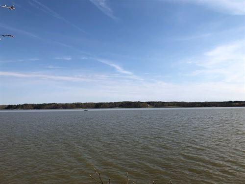 Retreat On Kerr Lake, VA : Buffalo Junction : Mecklenburg County : Virginia