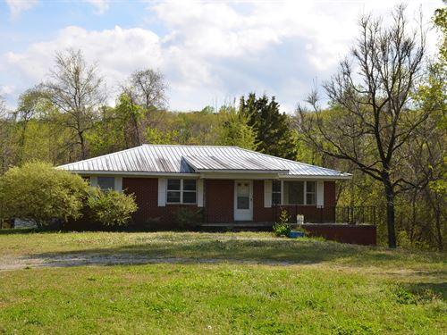 Live Auction, Brick Rancher Hwy 67 : Decatur : Morgan County : Alabama