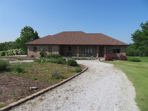 Country Home With Great Hunting : Davey : Lancaster County : Nebraska
