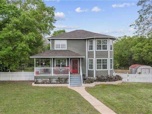 Country Farm House : Franklin : Robertson County : Texas