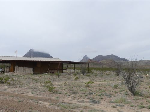 25 Acres With Cabin And Water Well : Terlingua : Brewster County : Texas