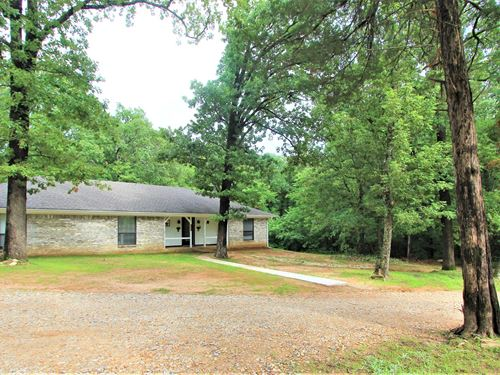 Country Home Property Small Acreage : Paris : Lamar County : Texas