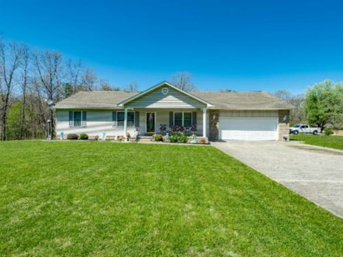 2+ Ac, Custom Home And Large Pond : Jamestown : Fentress County : Tennessee