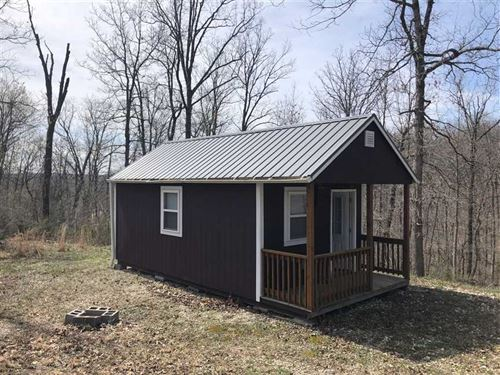 Cabin in The Woods With 8 Acres : Versailles : Morgan County : Missouri