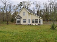 Two Story Country Cottage Close to : Clinton : Van Buren County : Arkansas