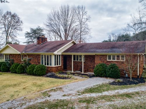 47.45 Ac, Brick Home & Basement : Celina : Clay County : Tennessee