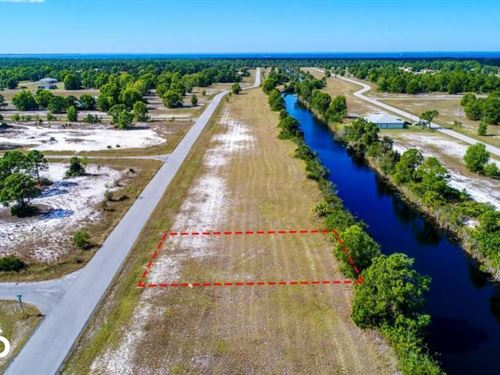 Great Location : Cape Coral : Lee County : Florida