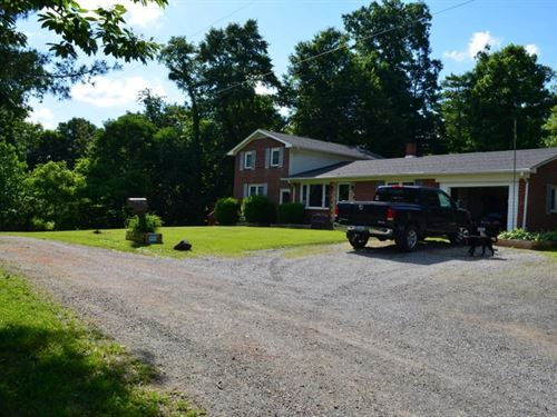 Large Home Convenient to Floyd VA : Willis : Floyd County : Virginia