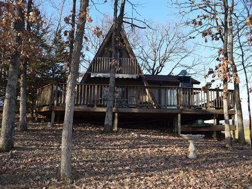 A-Frame Cabin View Lake Thunderhead : Unionville : Putnam County : Missouri