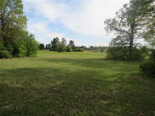 Lush Pasture Land With Recreationa : Hugo : Choctaw County : Oklahoma