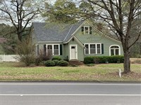 Beautiful Craftsman Style Home Loc : Aliceville : Pickens County : Alabama