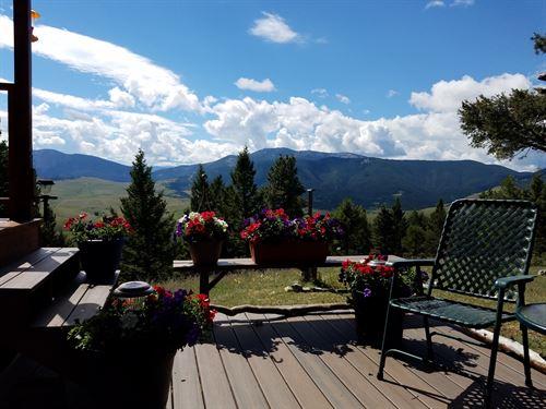 Limestone Canyon View Cabin With Pr : Raynesford : Judith Basin County : Montana