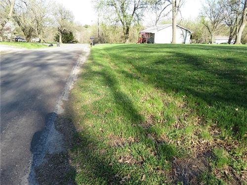 Excellent Building Site, All : Stanberry : Gentry County : Missouri