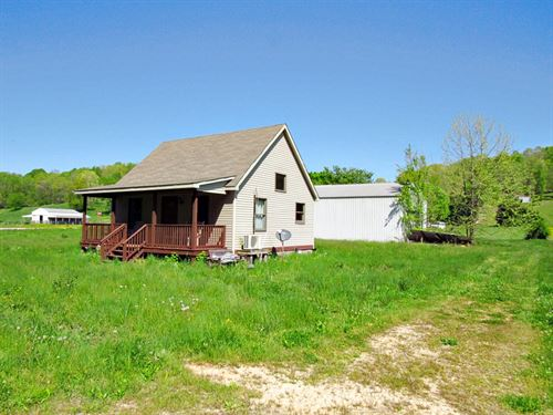 2 Bedroom 2 Bath Home 1 Acre : Lobelville : Perry County : Tennessee