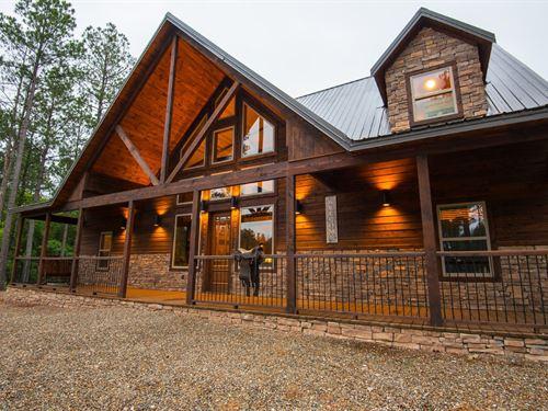 Luxury Log Cabin For Sale : Broken Bow : McCurtain County : Oklahoma