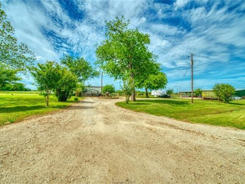 A Little Piece Of County Paradise : Wheelock : Robertson County : Texas