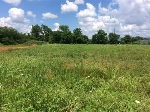 Commercial Lot, Highway Frontage : Pikeville : Bledsoe County : Tennessee