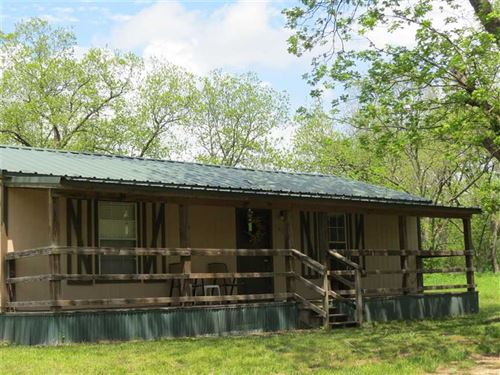 Darling Country Style Cabin Sits : Hugo : Choctaw County : Oklahoma