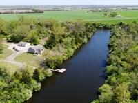 Strip Pit Property w Cabin : Appleton City : Saint Clair County : Missouri