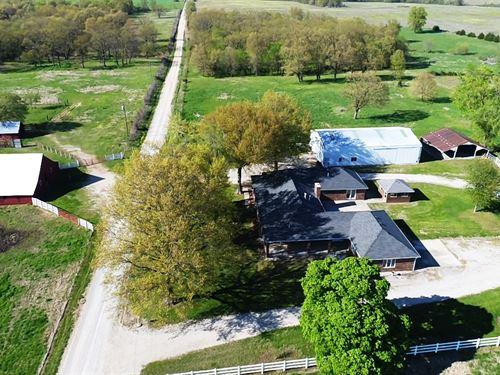 Beautiful Home, Pasture Acreage : El Dorado Springs : Cedar County : Missouri