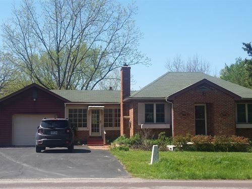 Cute Little Brick Bungalow 1.72 : Middlebrook : Iron County : Missouri