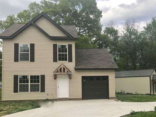1202 White Street Hartselle AL : Hartselle : Morgan County : Alabama