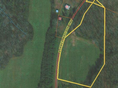 Long Road Frontage : Farmville : Buckingham County : Virginia