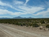 100 Acs Ranch Land, Only $488/Mo : Sierra Blanca : Hudspeth County : Texas