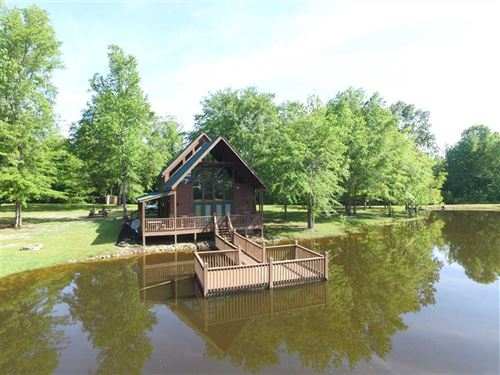 Turn Key Property With Pond And CA : Letohatchee : Lowndes County : Alabama