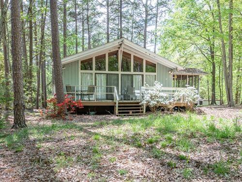 The Quintessential On Kerr Lake, VA : Clarksville : Mecklenburg County : Virginia