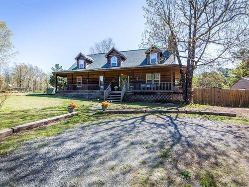 Beautiful Country Cabin 4 Acres : Clinton : Van Buren County : Arkansas