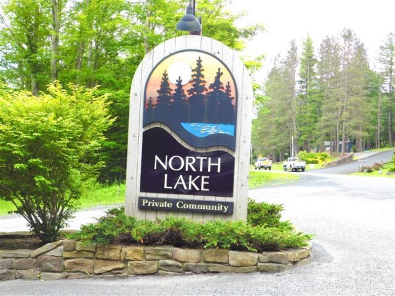 1.68 Acres in Ski Country : Davis : Tucker County : West Virginia