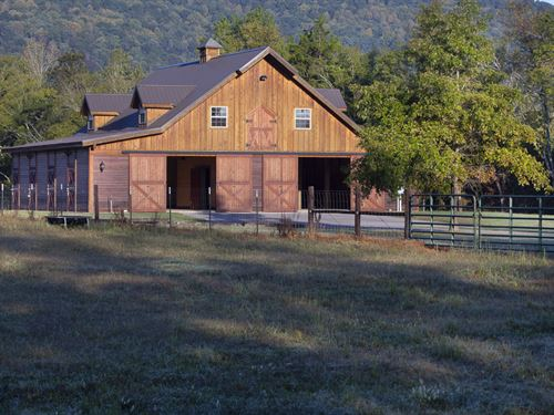 Beautiful Farm With Home And Barns : New Hope : Madison County : Alabama