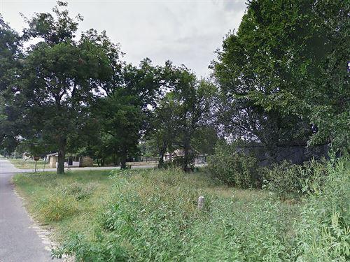 .19 Acre Lot Outside Of Earle : Earle : Crittenden County : Arkansas