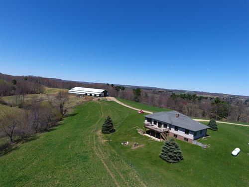185.75 Acres Country Home, Hobby : Wonewoc : Juneau County : Wisconsin