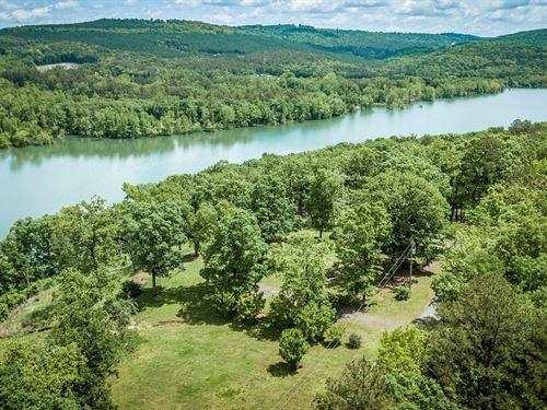 Lake And Riverfront Property : Clinton : Van Buren County : Arkansas