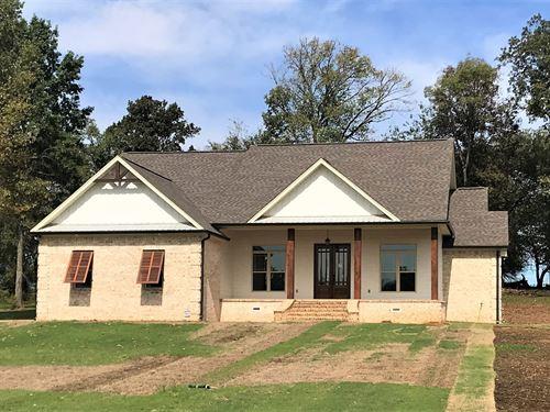 271 Ironwood Dr, Starkville, MS : Starkville : Oktibbeha County : Mississippi