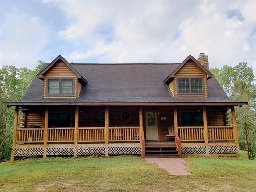 Luxurious Log Home Clifton : Clifton : Wayne County : Tennessee