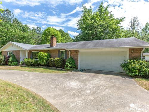 Brick Home Expansive 2.4 Acre : Mena : Polk County : Arkansas