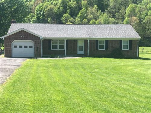 Ranch Home Near Lake Witten : North Tazewell : Tazewell County : Virginia