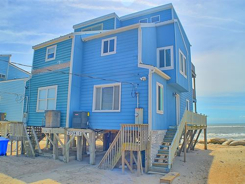Oceanfront Duplex North Topsail : North Topsail Beach : Onslow County : North Carolina