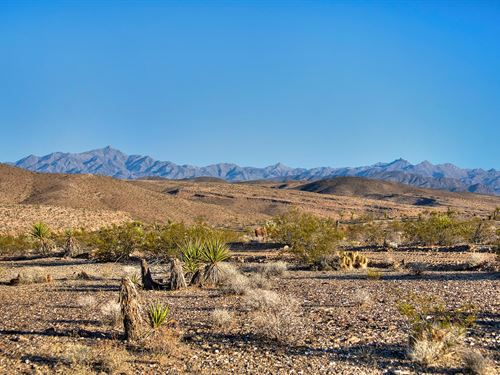 Rare Land Near Lake Mead : Meadview : Mohave County : Arizona