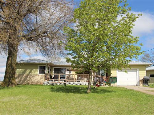 Country Home 12.5 Acres Belleville : Belleville : Republic County : Kansas