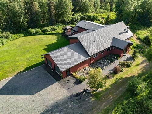 Hilltop Manor Built on 20 Acres : Kenai : Kenai Peninsula Borough : Alaska