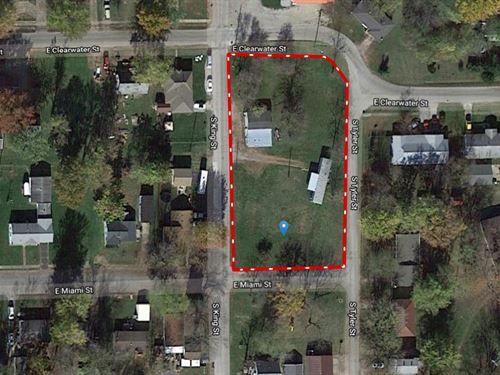 Two, 120' x 120' Lots, Robinson, IL : Robinson : Crawford County : Illinois