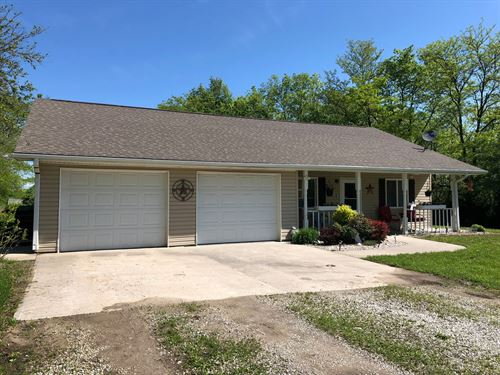 Newer Country Home, Close To Town : Chillicothe : Livingston County : Missouri