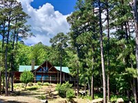 Lakeview Log Home For Sale : Clayton : Pushmataha County : Oklahoma
