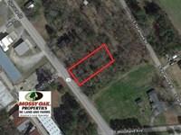 .43 Acres of Residential Land : Woodland : Northampton County : North Carolina